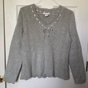 Lucy & Laurel scalloped edge sweater